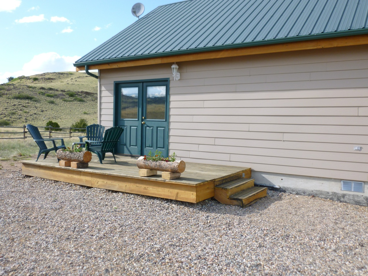 Cabins for rent in montana curley 39 s cabin madison for Madison cabin rentals